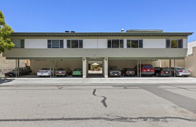 The Beach House Apartment - 206 Caledonia Street, Sausalito, CA 94965