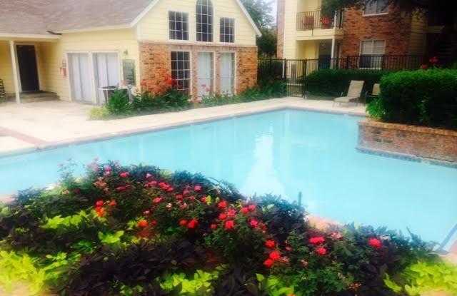 Raintree Apartment Homes - 800 S FM-1417, Sherman, TX 75092