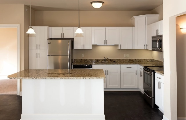 Worthington Apartments - 233 W Wisconsin Ave, Oconomowoc, WI 53066