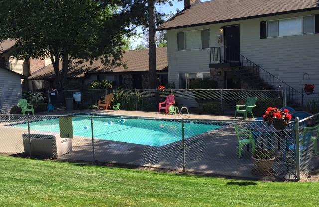 Farmington Oaks Apartments - 18700 SW Farmington Rd, Beaverton, OR 97007