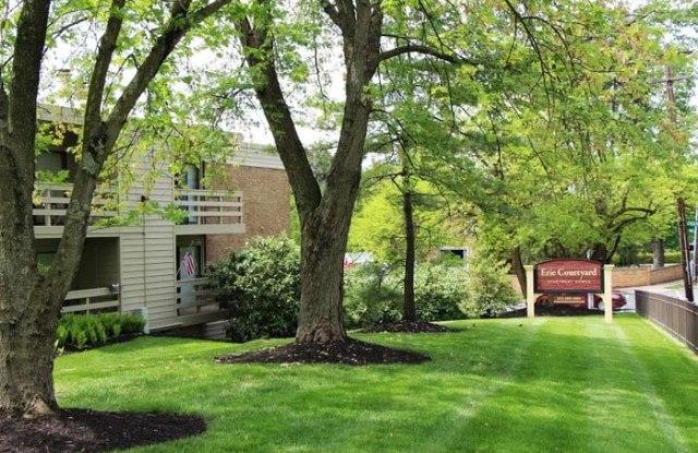 Erie Courtyard Apartments - 3201 Erie Avenue, Cincinnati, OH 45208