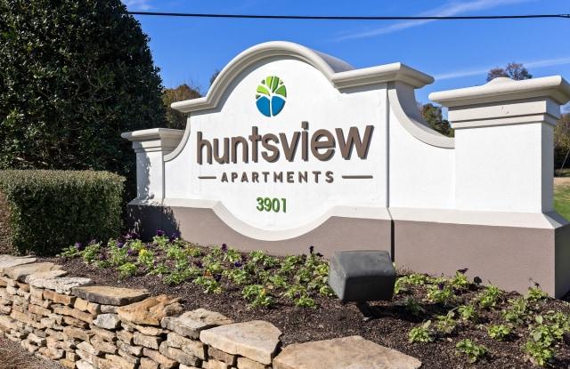 Huntsview - 3901 Battleground Ave, Greensboro, NC 27410
