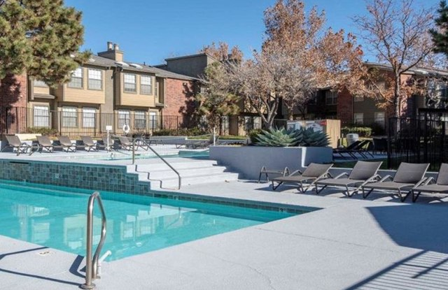 Oak Tree Park Apartments - 5800 Osuna Rd NE, Albuquerque, NM 87109