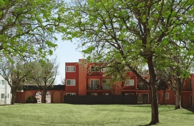 Jefferson Crossing - 4401 Montgomery Blvd NE, Albuquerque, NM 87109