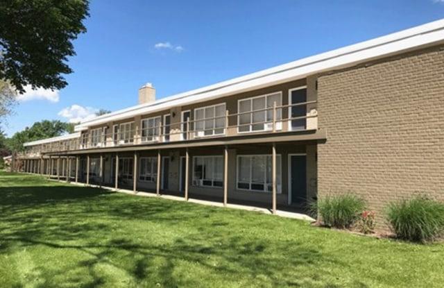 Silverstone Apartments - 5800 Streefkerk Rd, Warren, MI 48092
