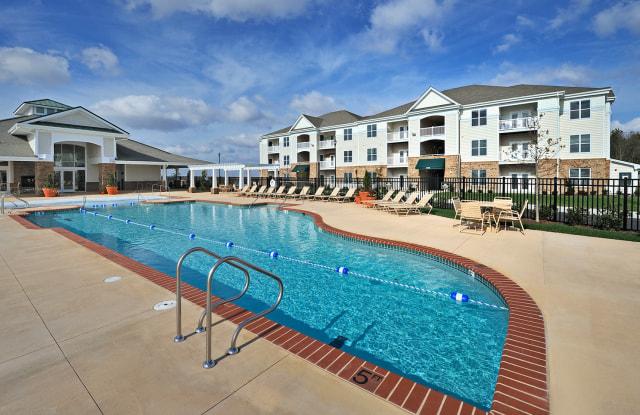 Tanglewood Lake Apartments - 3895 Waterside Dr, Elizabeth City, NC 27909