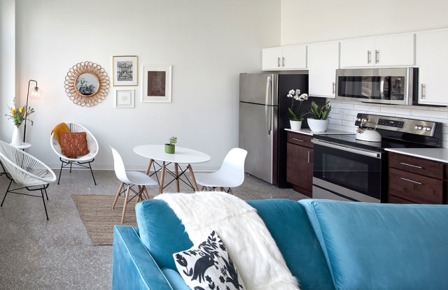 Bluebird Flats - 520 Nebraska Street, Sioux City, IA 51101