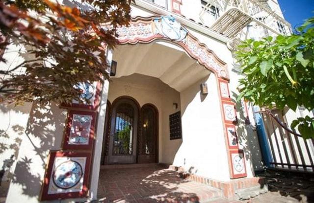 Casa Mia Apartments - 117 Park Rd, Burlingame, CA 94010