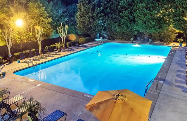 Cobalt Springs Apartments - 1712 Pinecroft Dr, Taylors, SC 29687