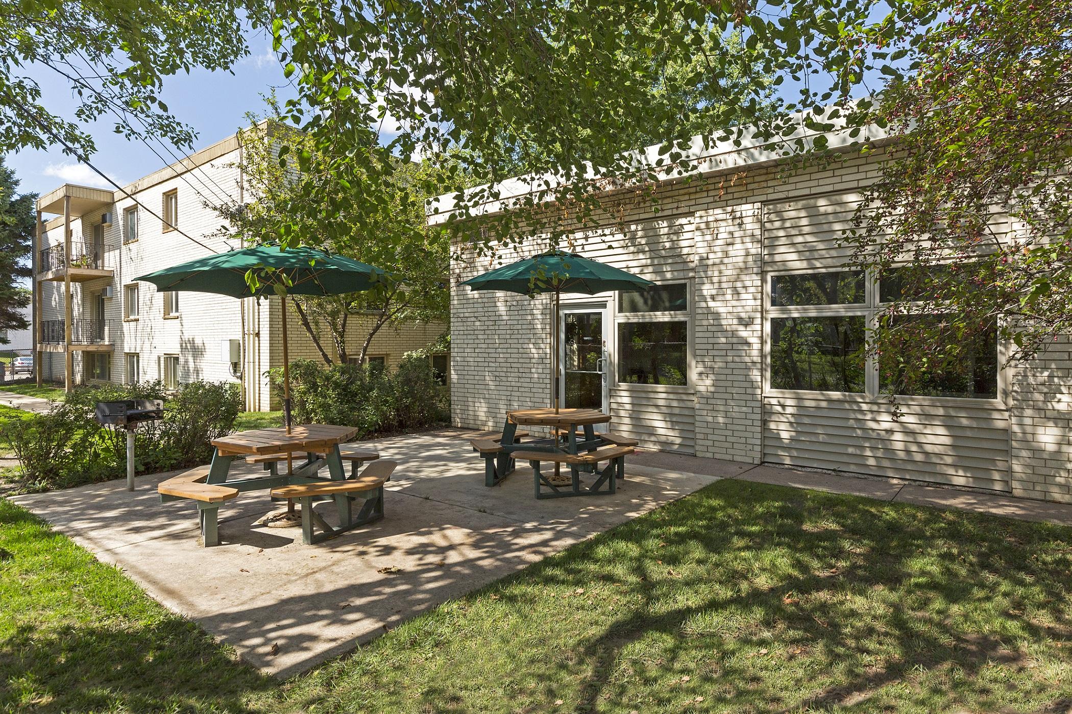 Hamline Terrace - Bigos Management develops rental communities that meet your lifestyle expectations