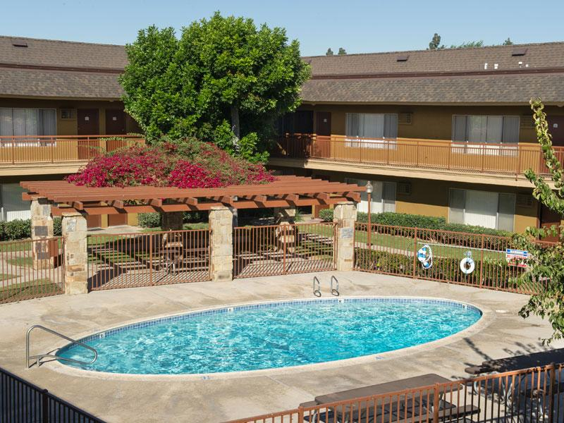 Chatham Village - Chatham Village offers its residents style and convenience: A selection of spacious rental homes, impeccable service, appealing amenities and an outstanding location