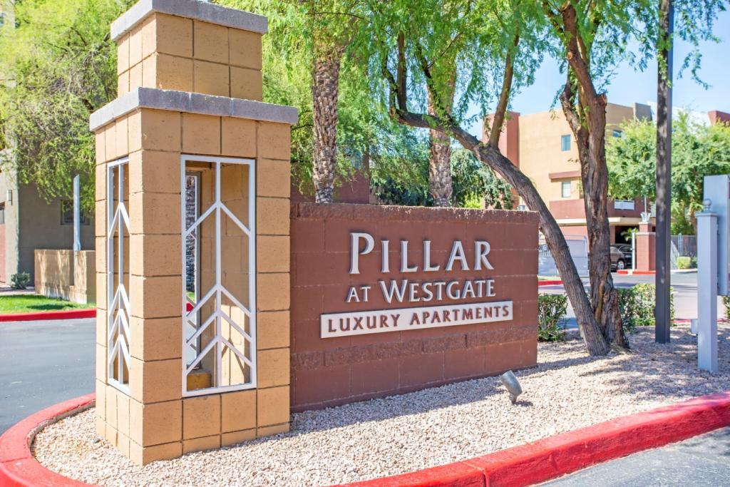 Pillar Apartments Glendale Az