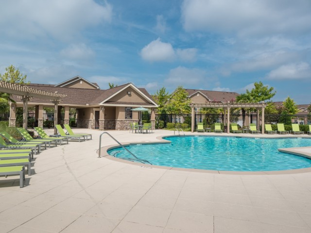 Carrington Park - Carrington Park offers a country club lifestyle for those with exquisite tastes and exacting standards