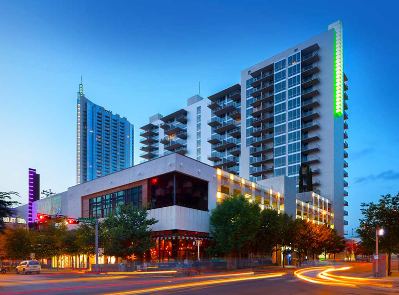 AMLI on 2nd - Surrounded by Austin's best specialty boutiques, dining destinations, entertainment venues and the Lady Bird Lake hike and bike trail, AMLI on 2ND's Austin apartments are in the heart of it all