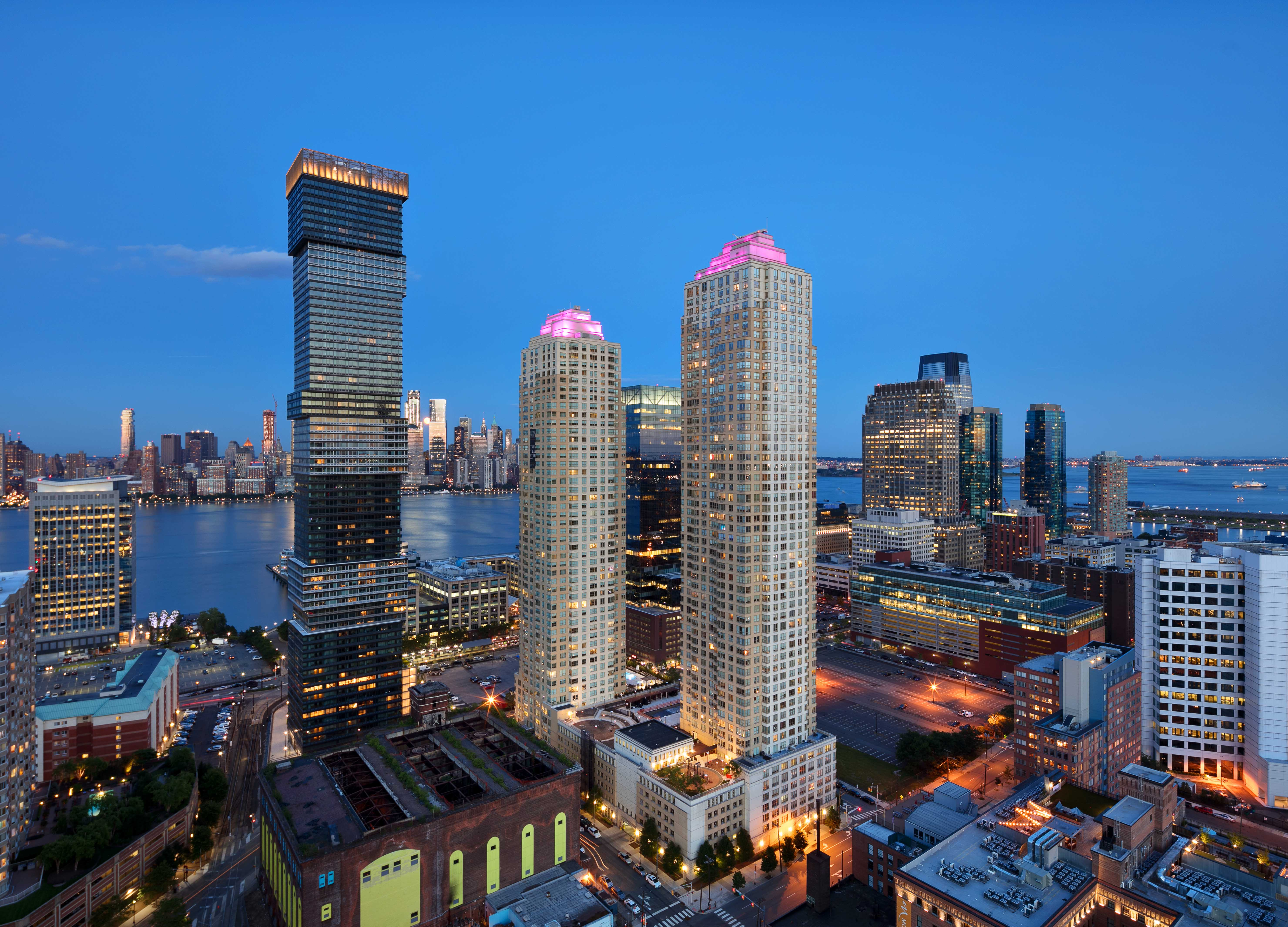 20 Best Apartments in The Waterfront, Jersey City, NJ
