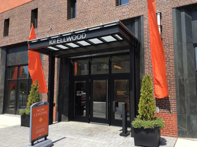 101 Ellwood Modern Apartments  Lofts
