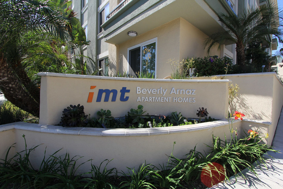 IMT Beverly Arnaz - Welcome to IMT Beverly Arnaz, a newly renovated and elegant apartment community ideally located in Los Angeles, adjacent to Beverly Hills, one mile from Rodeo Drive and one block from Cedar Sinai