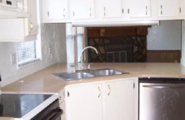 Livingston Family Community - 15805 Dewitt Court, Lutz, FL 33549