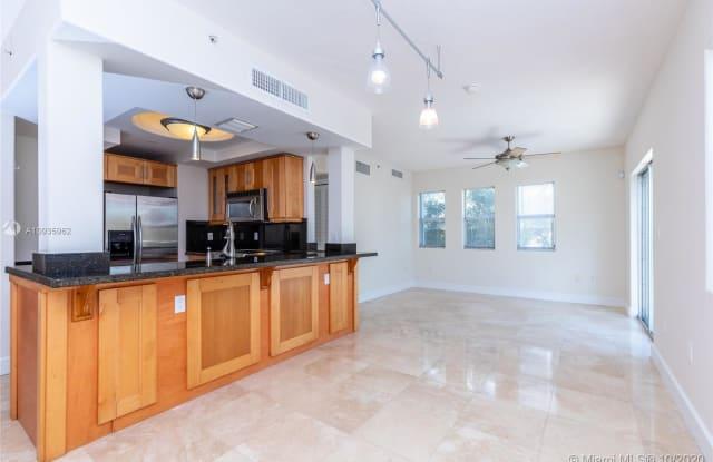 1040 10th St - 1040 10th Street, Miami Beach, FL 33139