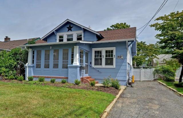 808 Ocean Road - 808 Ocean Road, Spring Lake Heights, NJ 07762