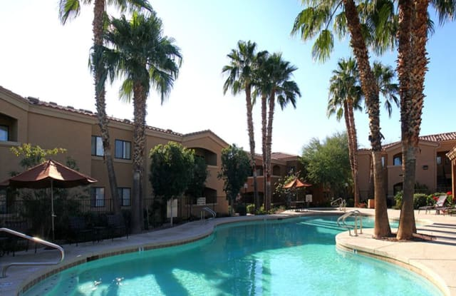 RidgeGate Apartments - 2811 W Deer Valley Rd, Phoenix, AZ 85027