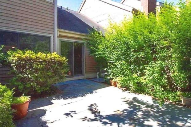 236 Tree Top Crescent - 236 Treetop Cres, Rye Brook, NY 10573