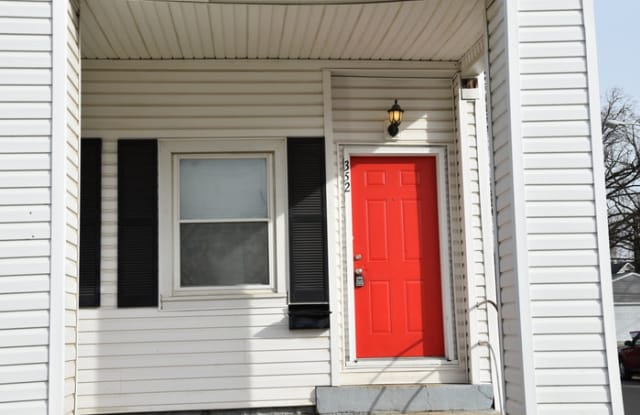 352 East Hinman Avenue - 352 E Hinman Ave, Columbus, OH 43207