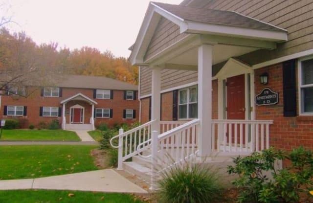 Hawkins Meadow - 370 Northampton Rd, Amherst Center, MA 01035