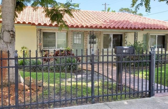 1008 SE 4th Street - 1008 Southeast 4th Street, Boynton Beach, FL 33435