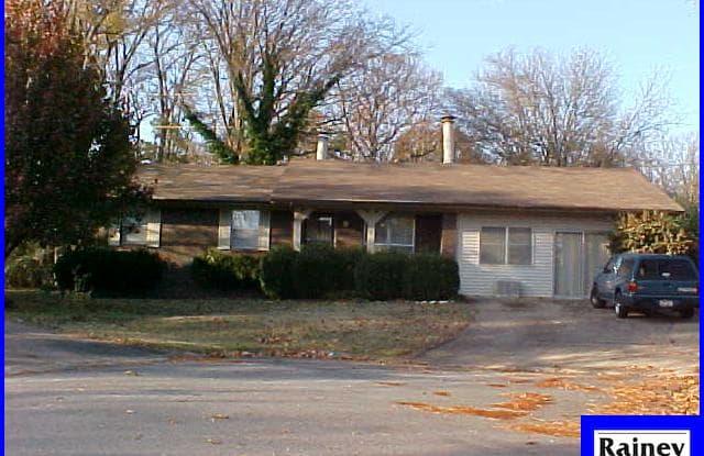 123 Oak Lane - 123 Oak Lane, Little Rock, AR 72205
