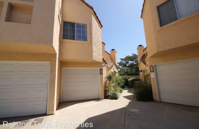 12087 Calle de Medio #118 - 12087 Calle De Medio, Rancho San Diego, CA 92019