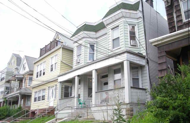 87 WEST 25TH ST - 87 West 25th Street, Bayonne, NJ 07002