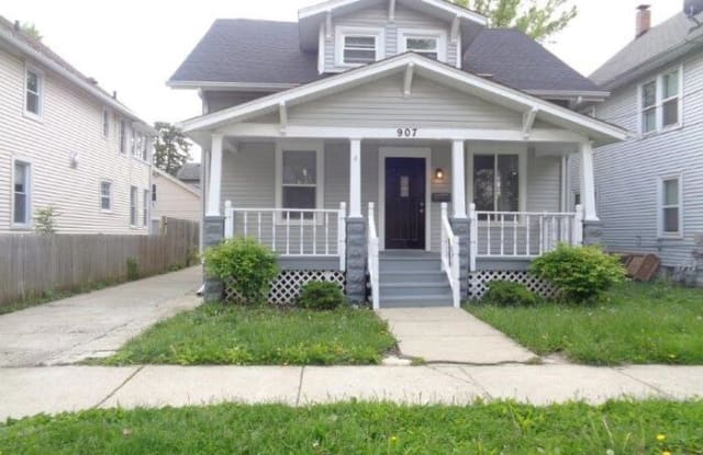 907 Liberty Street - 907 Liberty Street, Aurora, IL 60505