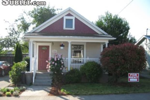 9456 Charleston Ave - 9456 North Charleston Avenue, Portland, OR 97203