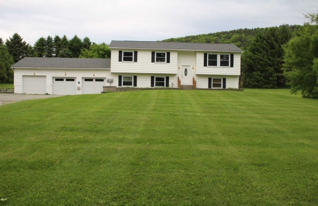 406 SINPATCH - 406 Sinpatch Road, Dutchess County, NY 12592
