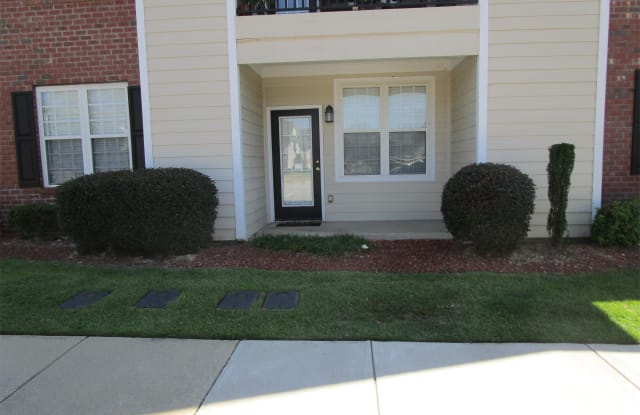 3930-101 Bardstown Court - 3930 Bardstown Ct, Fayetteville, NC 28304