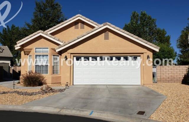 11236 Bunker Circle - 11236 Bunker Circle, Apple Valley, CA 92308