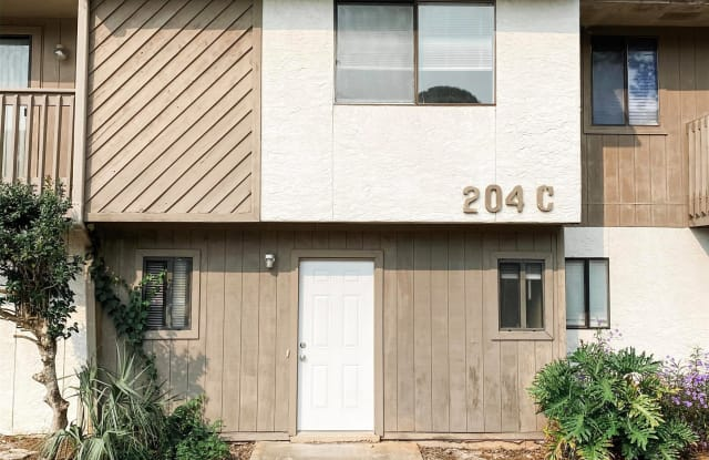 204 Fourth Street Southeast, Unit C5 - 204 4th Street Southeast, Fort Walton Beach, FL 32548
