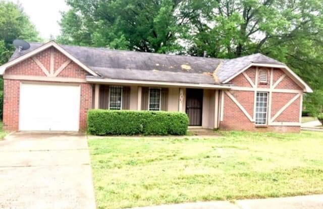 2967 Meadowfair Road - 2967 Meadowfair Road, Memphis, TN 38118