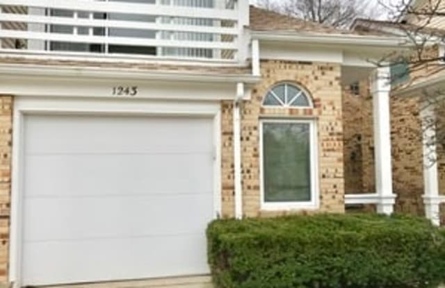 1243 Ranchview Court - 1243 Ranch View Ct, Buffalo Grove, IL 60089