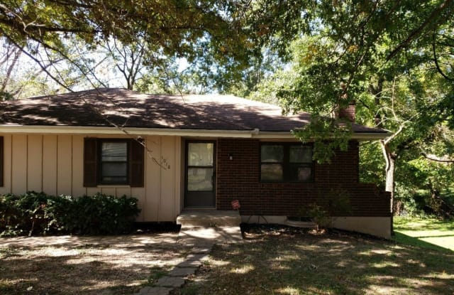 1918 N Whitney Road - 1918 North Whitney Road, Jackson County, MO 64058