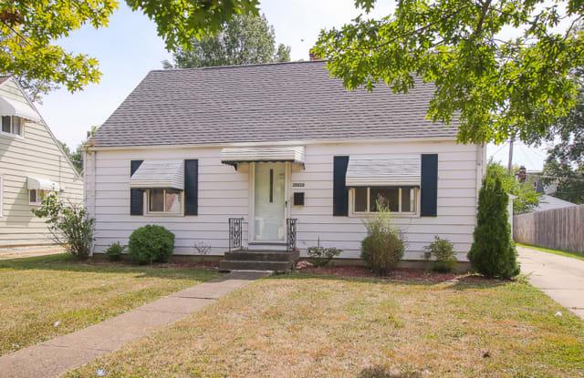 25520 Richards Ave - 25520 Richards Avenue, Euclid, OH 44132