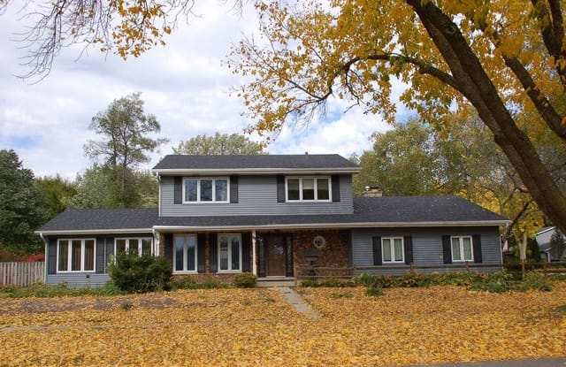 61 West BAILEY Road - 61 West Bailey Road, Naperville, IL 60565