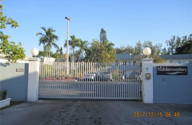 1860 NE Venice Park Dr - 1860 Venice Park Dr, North Miami, FL 33181