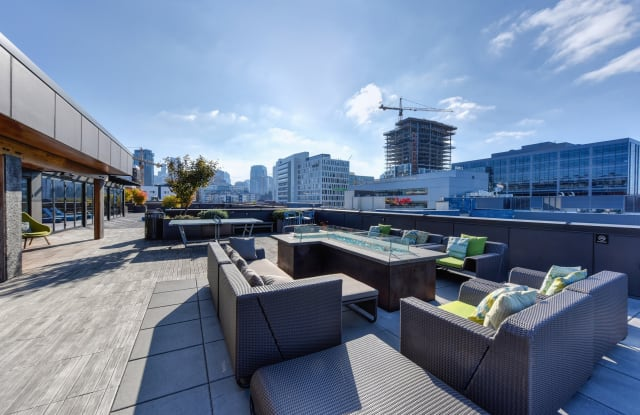 Rivet Apartment Homes - 1201 Mercer St, Seattle, WA 98109