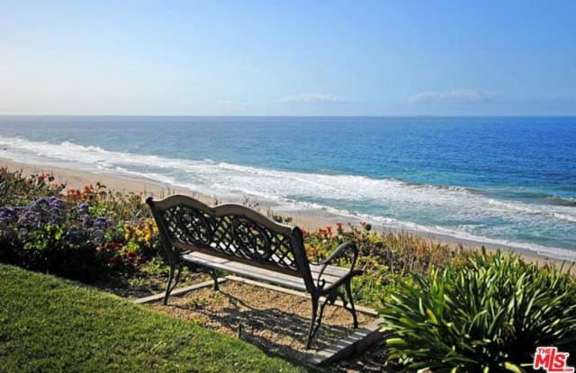 6787 LAS OLAS Way - 6787 Las Olas Way, Malibu, CA 90265