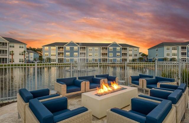 Blue Heron Living - 420 Salt Meadow Circle, Bradenton, FL 34208