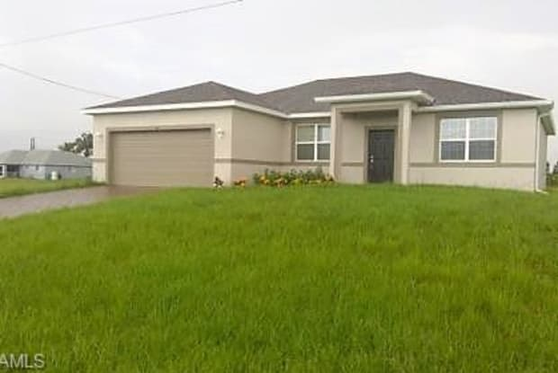 113 NE 24th TER - 113 Northeast 24th Terrace, Cape Coral, FL 33909