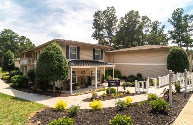 Pinecroft Place - 1606 Pinecroft Rd, Greensboro, NC 27407