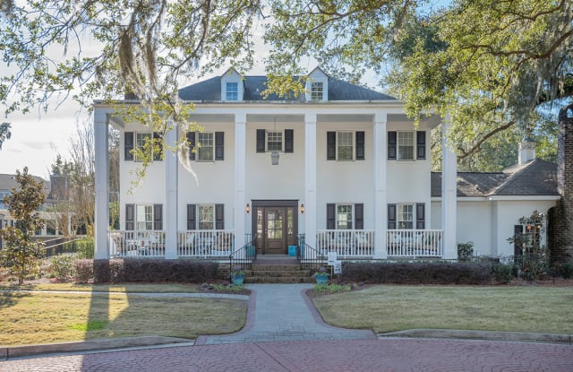 The Avenues of West Ashley - 2225 Ashley River Rd, Charleston, SC 29414
